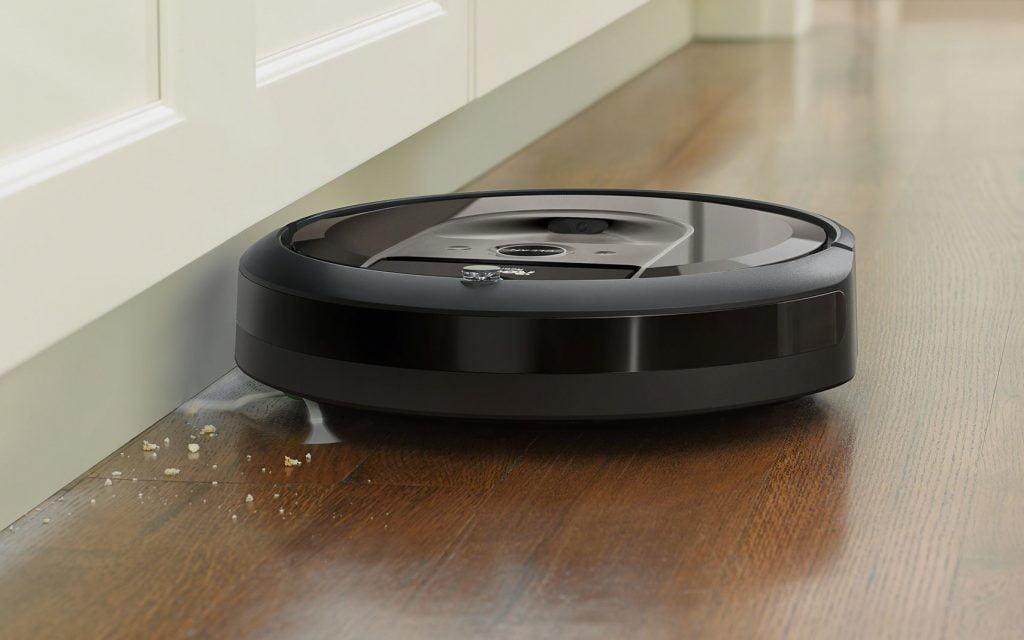2Irobot-Roomba-I7-Vacuum-robot aspirare
