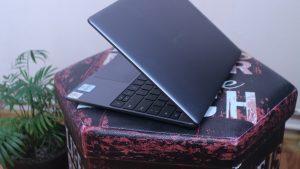Huawei MateBook 13 2020 vedere laterala