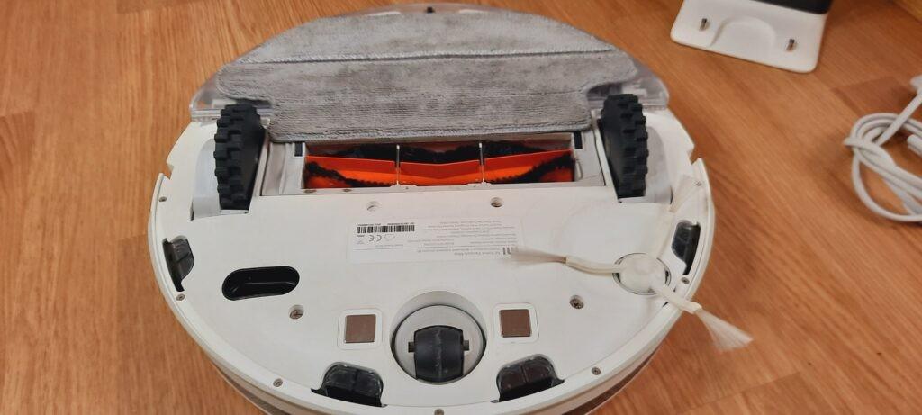 prezentare aspirator automat mi robot vacuum mop